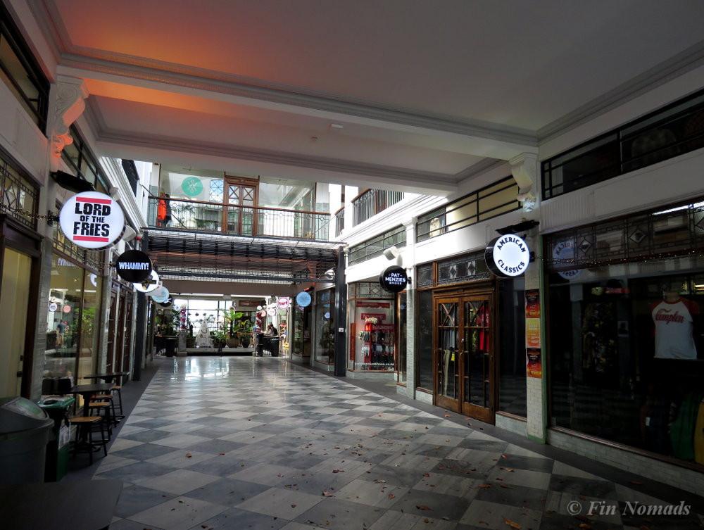 K-road shopping