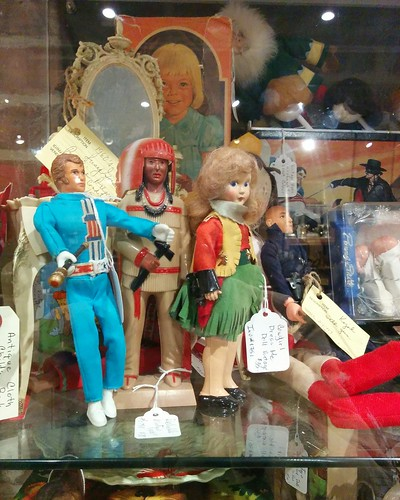 Assorted dolls #toronto #distillerydistrict #gwgeneral #dolls #latergram