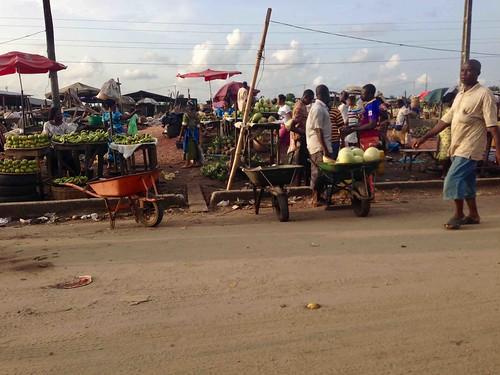 roadsidemarket lagosbadagryexpressway lagosstate nigeria jujufilms marketscene producemarket