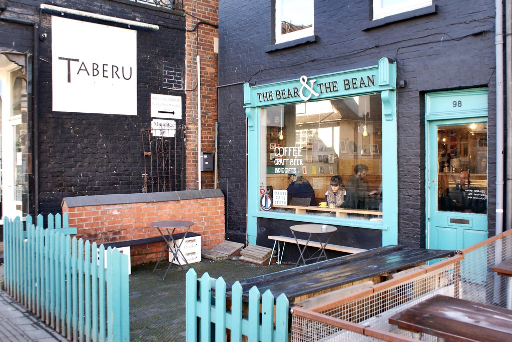 The Bear and the Bean, petit café agréable dans le quartier de Cowley à Oxford.