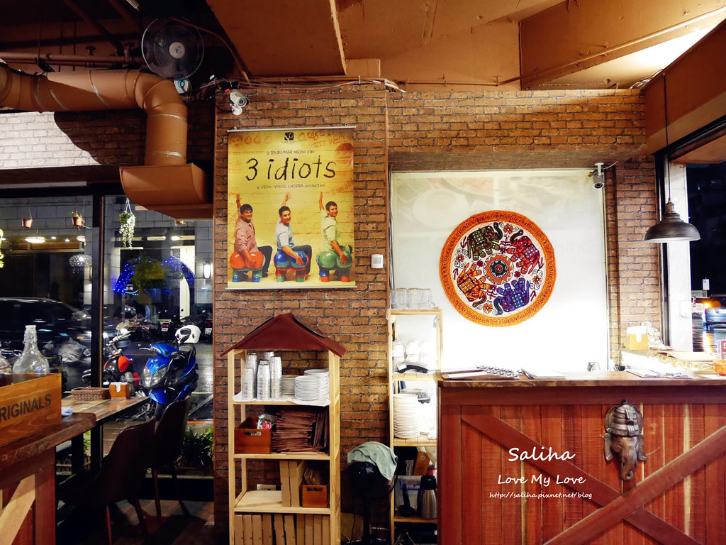 南京復興站附近美食素食餐廳推薦3 Idiots Toast Curry 三個傻瓜印度蔬食南京店 (2)