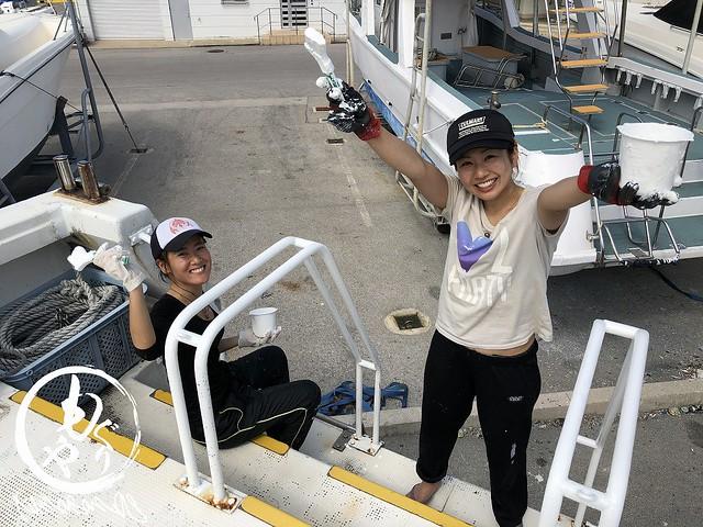 2018年シーズンに向けて船の整備やお店の大掃除頑張ってます!
