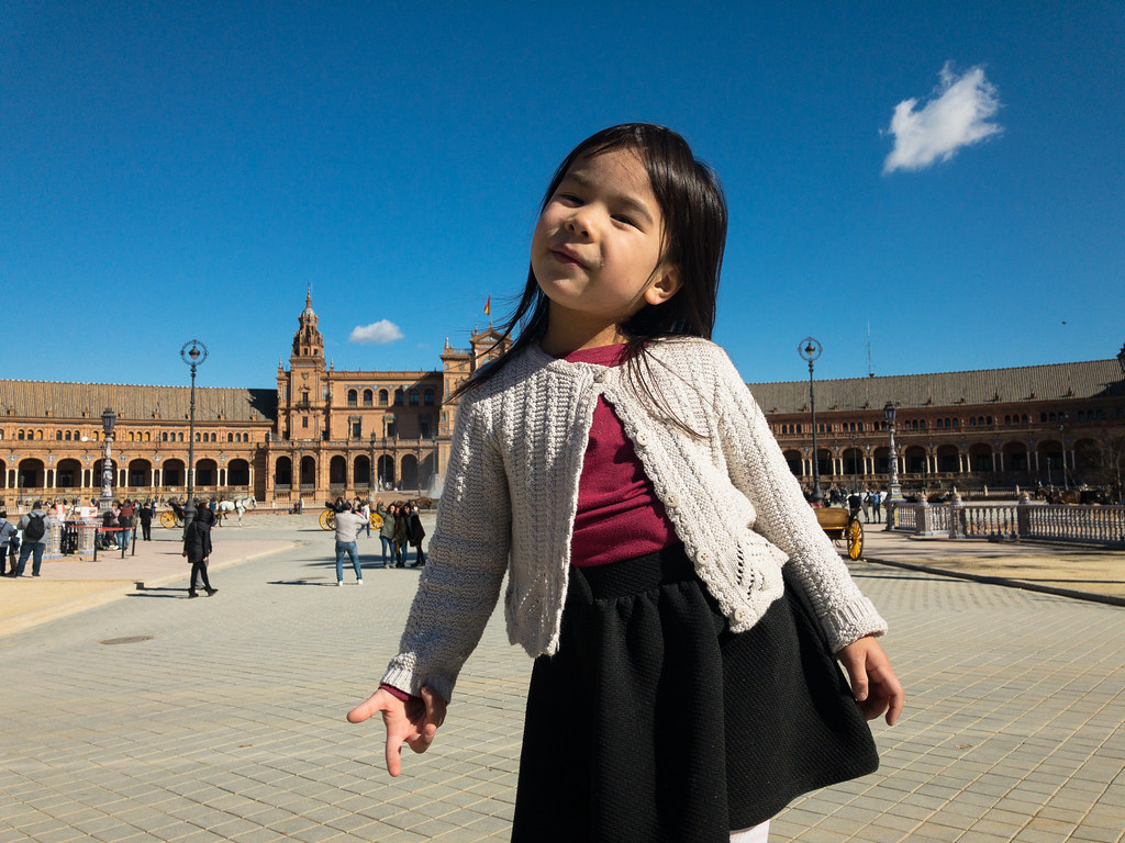 Nelly in Plaza de España