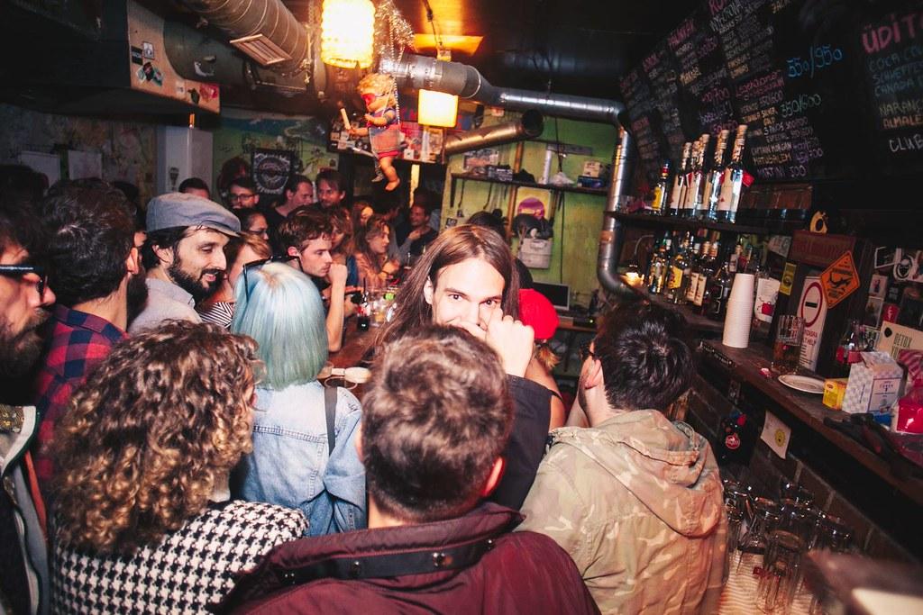 Vittula, bar de quartier à la bière pas chère à Budapest - Photo Vittula