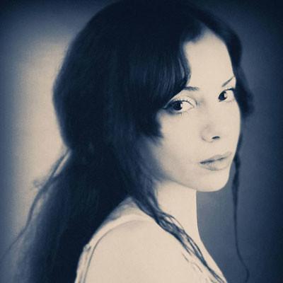 Vanessa-Ondine-400