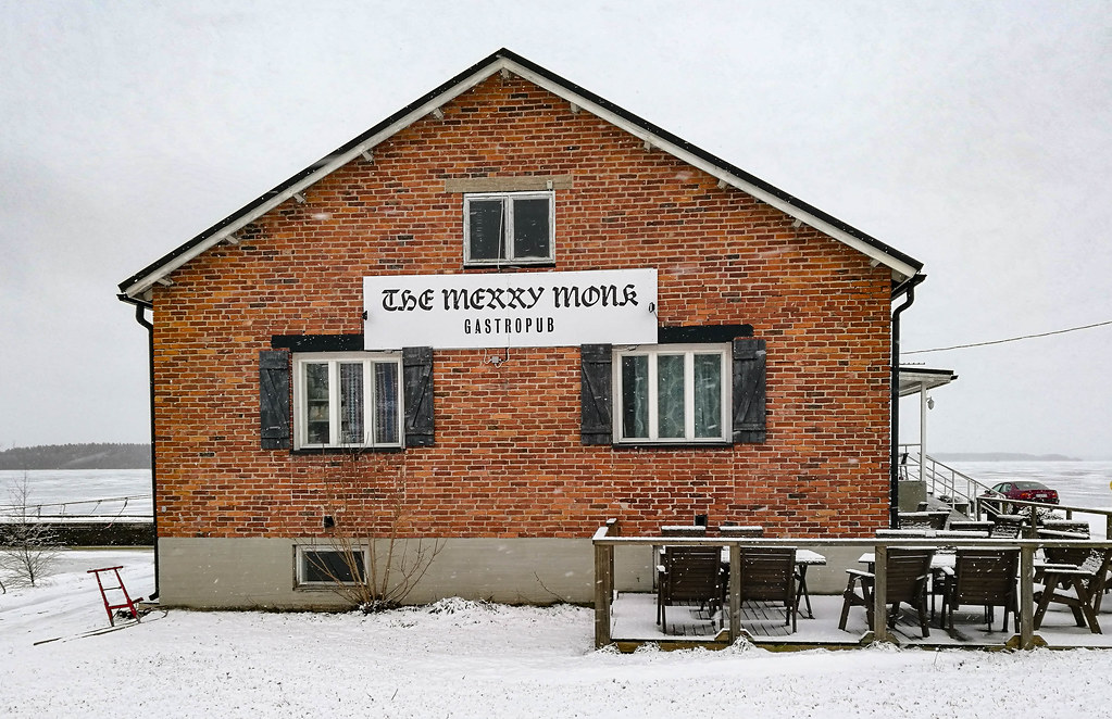 Restaurants in Pori: English-style gastropub The Merry Monk