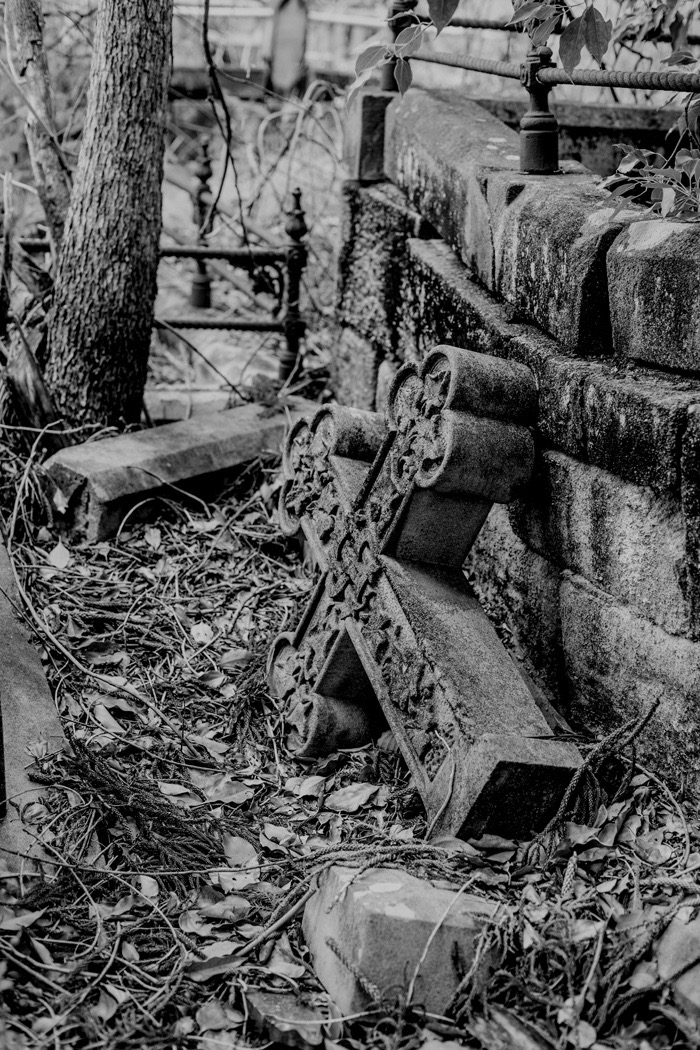Toowong Cemetery - fallen cross