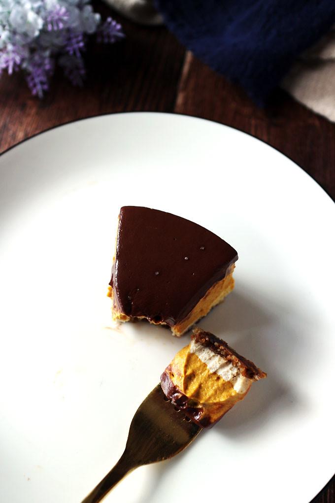 純素巧克力南瓜乳酪蛋糕 vegan-chocolate-pumpkin-cheesecake (9)
