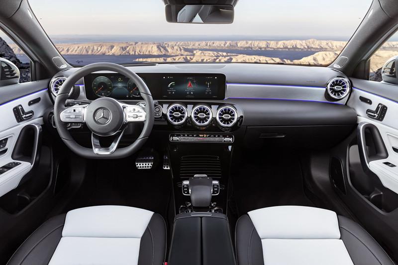 2019-Mercedes-Benz-A-Class-Hatch-31