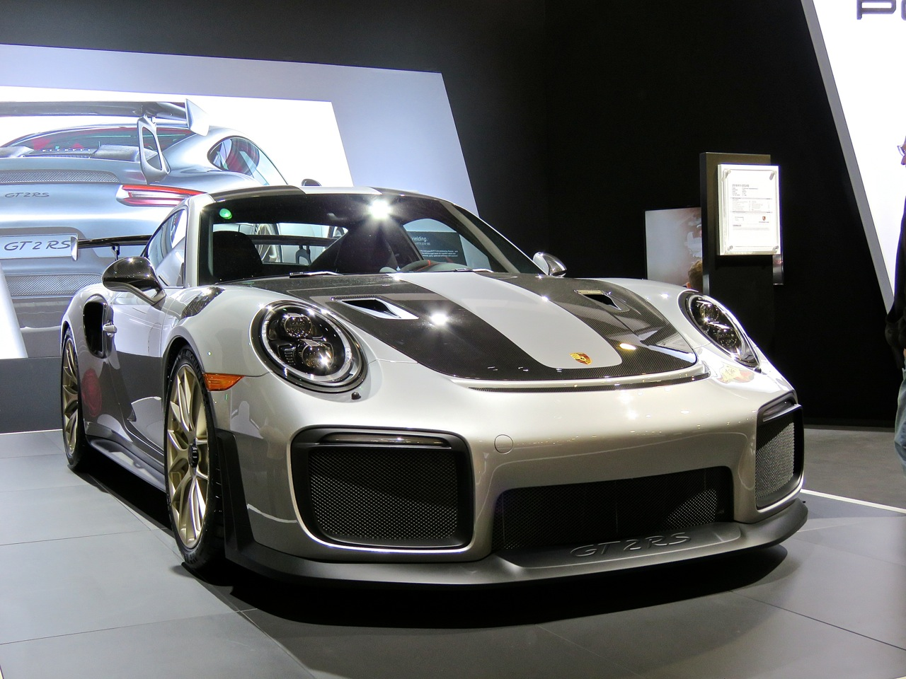 Porsche 991.2 GT2 RS Philly 3