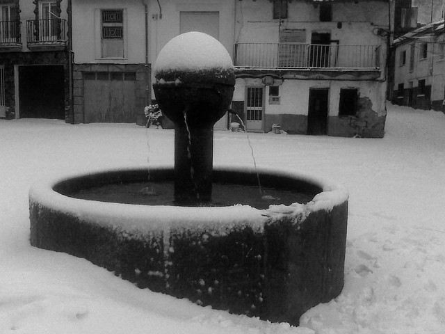 Plaza Ayuntamineto  (Piornal Caceres).