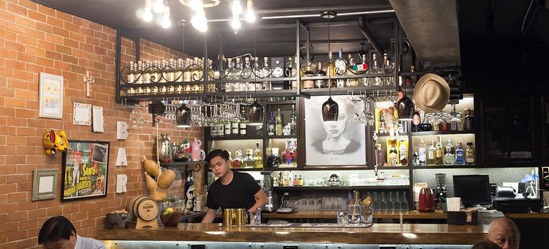Hacienda Comida Y Cocteles - Interior / Bar