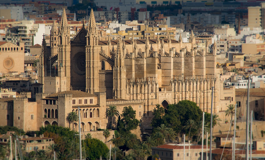 The stunning Cathedral of Palma de Mallorca