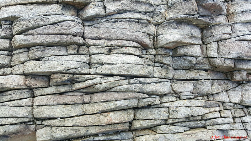 Layered_rocks