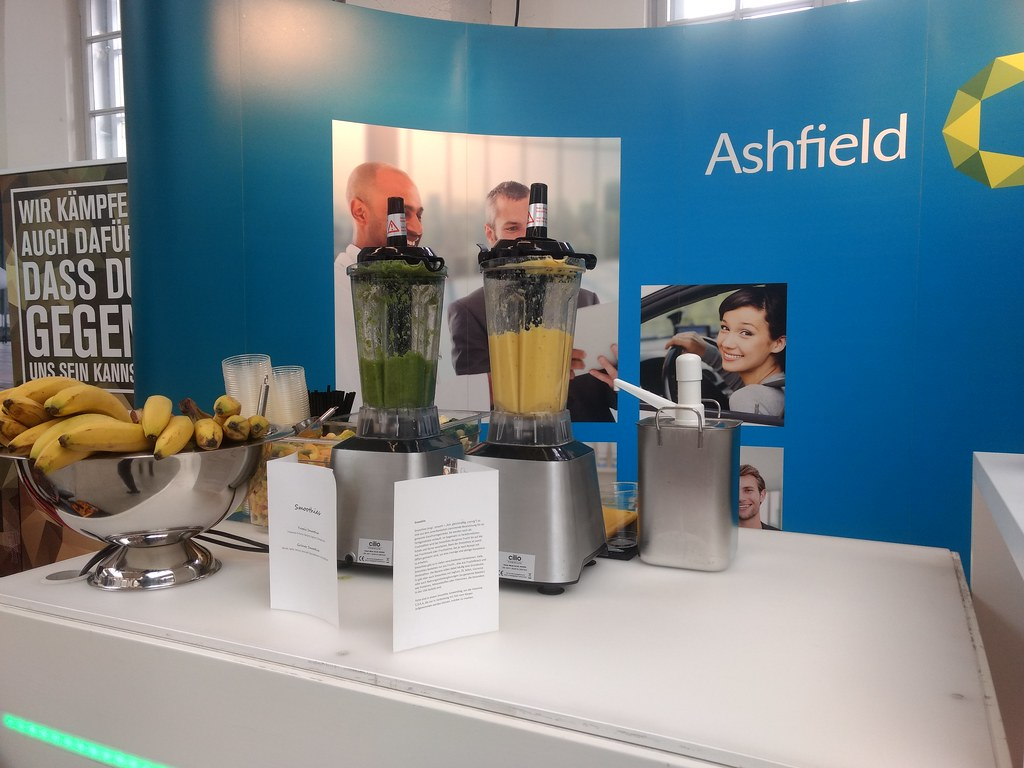 "#Hummercatering #Event #Cratering #Smoothie an unserer #mobilen #Smoothiebar für #Ashfield auf dem #Jobvector career Day #Eventlokation #MVG #Museum #Muenchen #cgn > #muc Mehr #Infos unter https://koeln-catering-service.de/smoothie-catering/messe-event-sm • <a style=""font-size:0.8em;"" href=""http://www.flickr.com/photos/69233503@N08/39656306225/"" target=""_blank"">View on Flickr</a>"