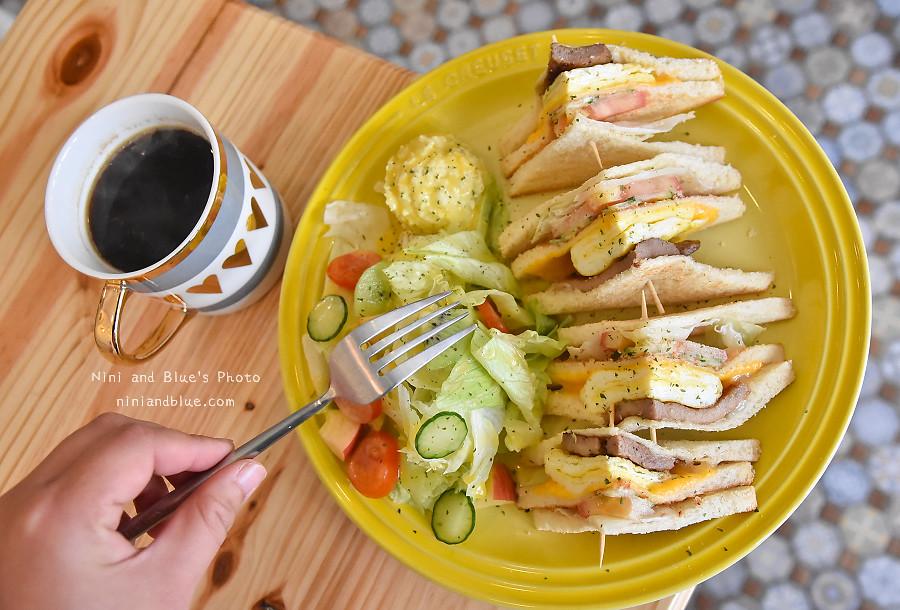 台中D.M cafe 青海路08