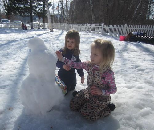 some snowman parts