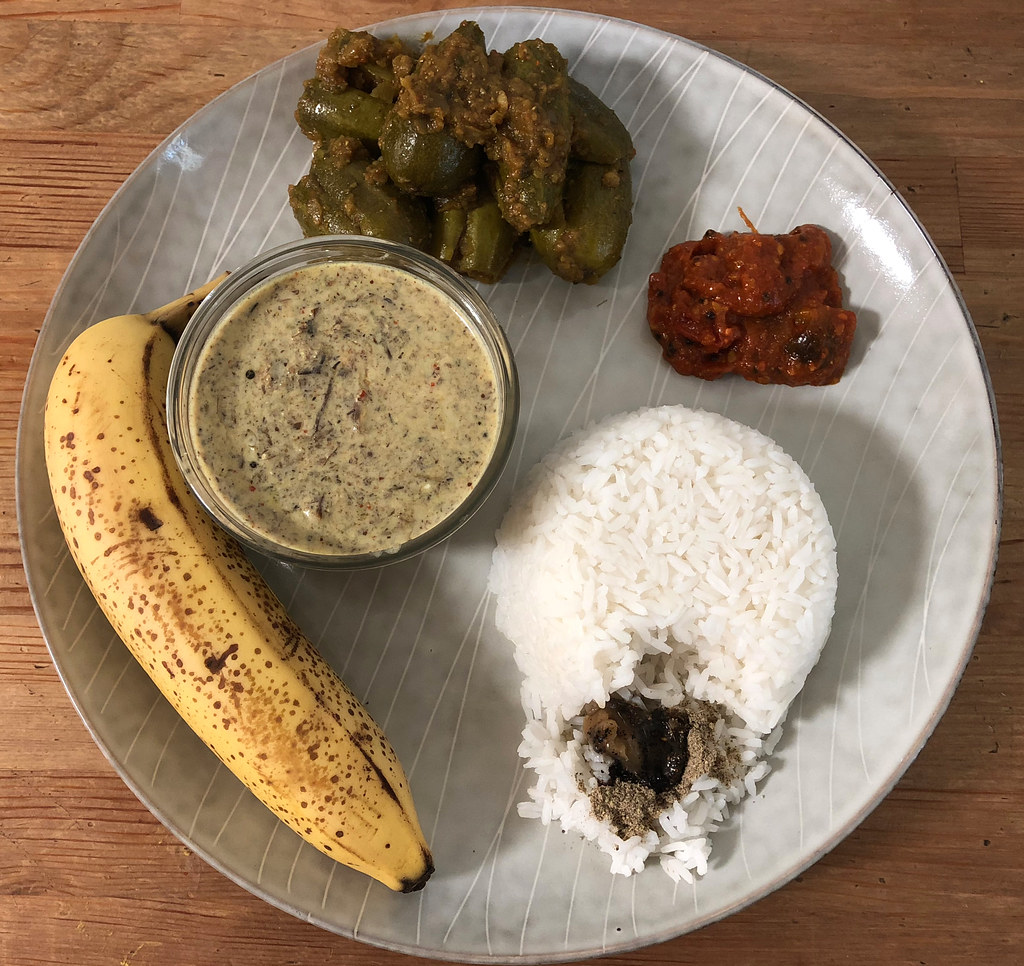 How does a simple south indian meal look like?