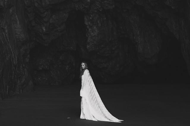 La Champanera blog de bodas - Vestido Yolan Cris - La Mar Studio Foto 8