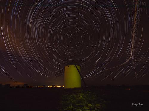 Molino de Viñuelas- Y por fin llegó la noche y con ella las estrellas.