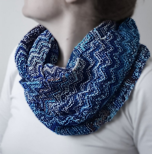 Skein Hash Cowl by Sybil R.