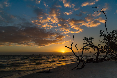 florida florida2018 sanibelisland sunrise sanibel unitedstates us img8906e canon6d sky beach clouds