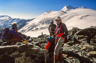 Rast am Eisseepass, Zufallspitzen und Cevedale im Hintergrund