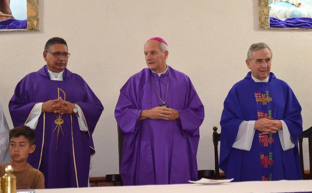Asume párroco de San Antonio de Padua (A. Korn)