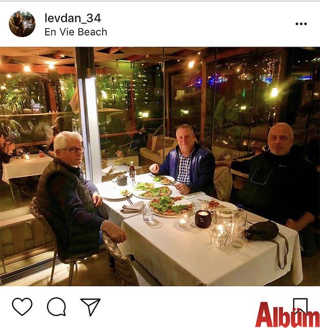 Levent Danışman, yakın dostlarıyla birlikte En Vie Beach'te keyifli bir akşam geçirdi.