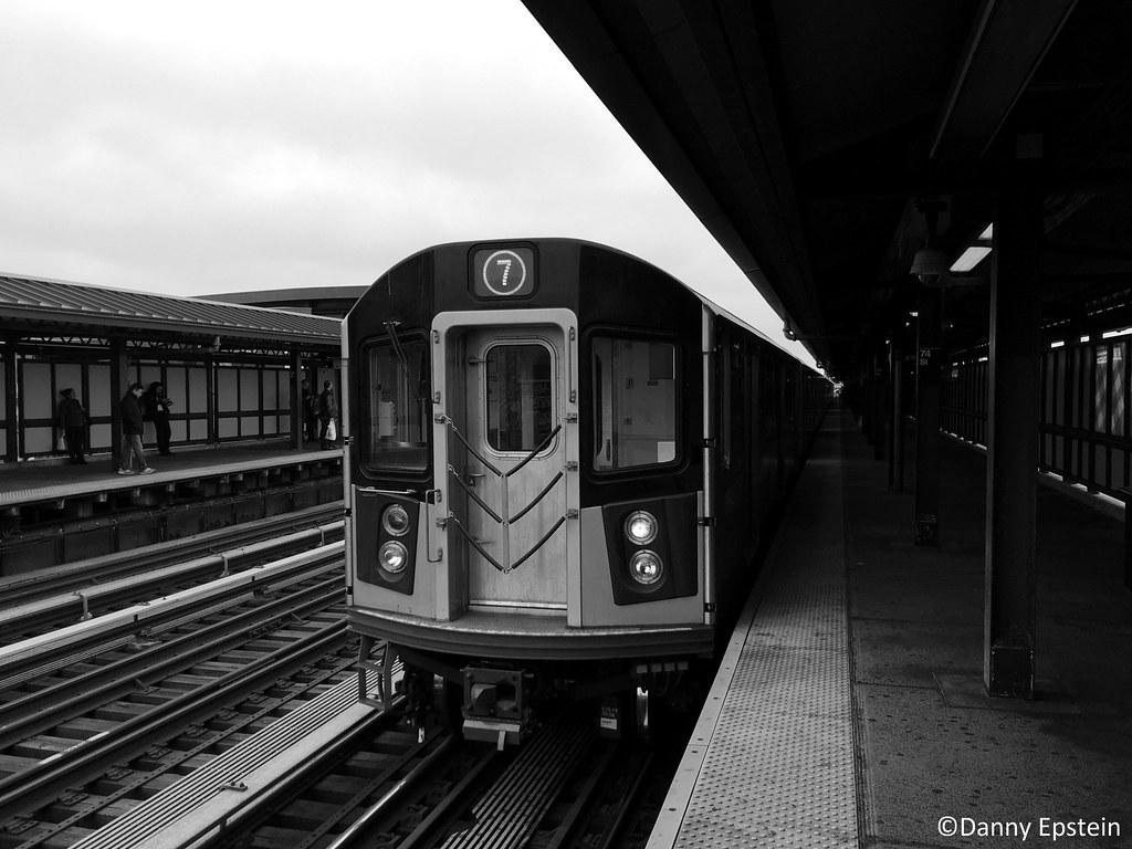 R-188 (7) train at Jackson Heights, Roosevelt Av