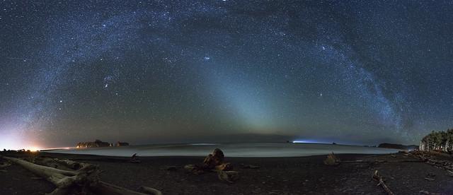 Milky Way at the Ocean (Rialto Beach, Olympic NP, WA)