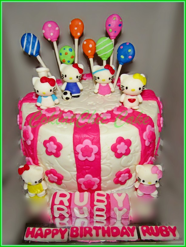 Cake Hello Kitty RUBY 18 cm