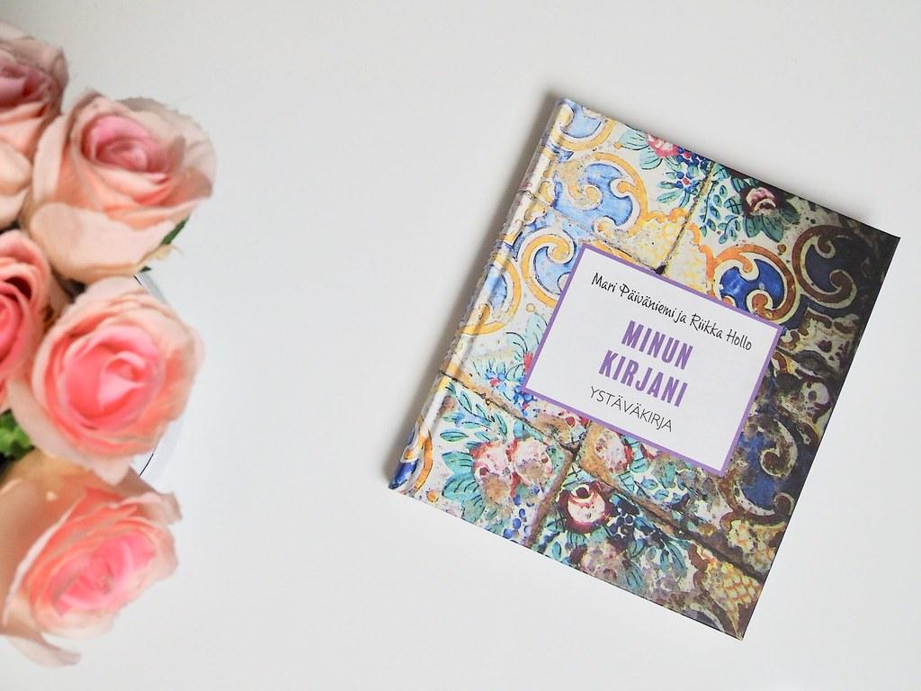 Minun kirjani Ystäväkirja, Mari Päiväniemi ja Riikka Hollo