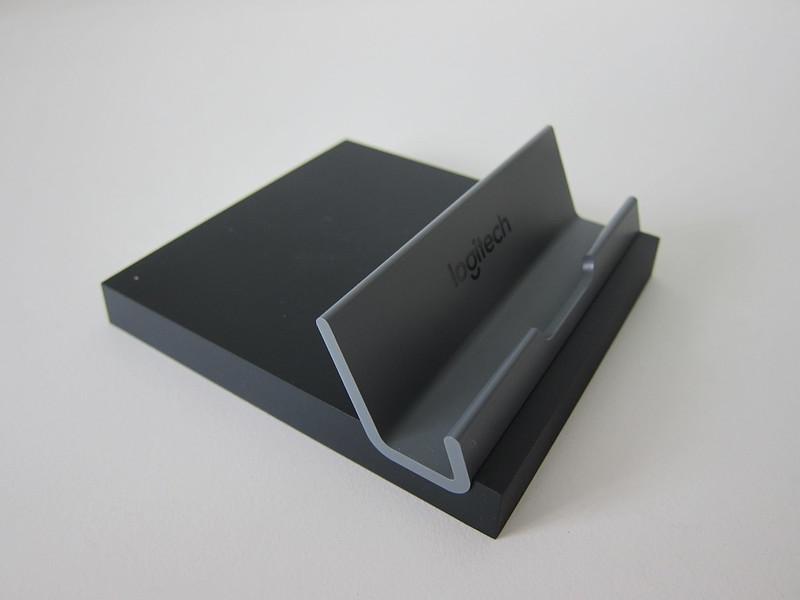 Logitech K375s Multi-Device Wireless Keyboard - Stand