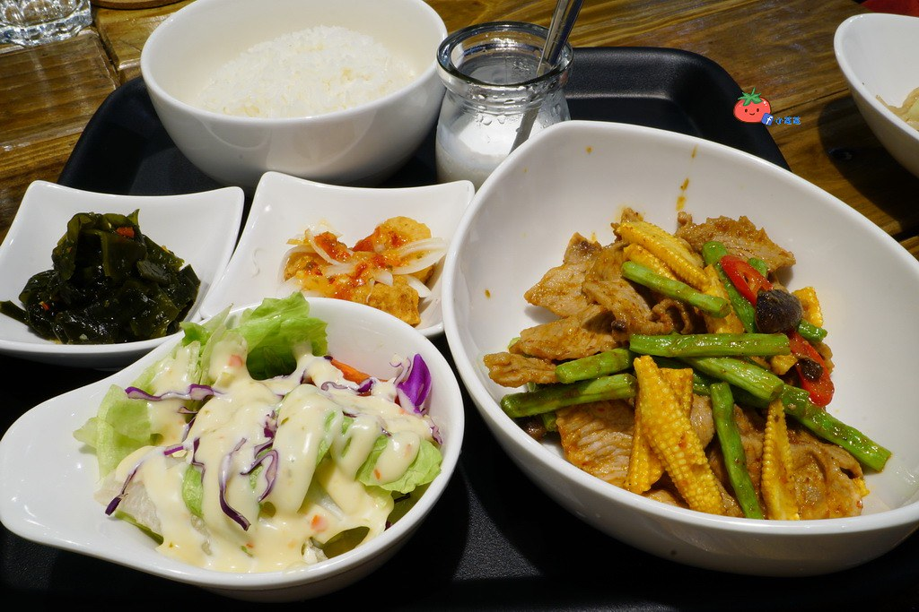 輔大美食 泰式料理 double泰