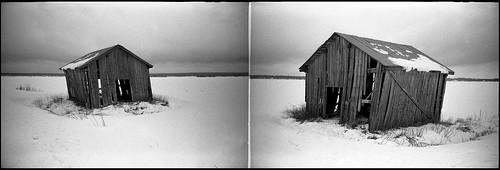 lomolca barn söderfjärden winter snow plain sky