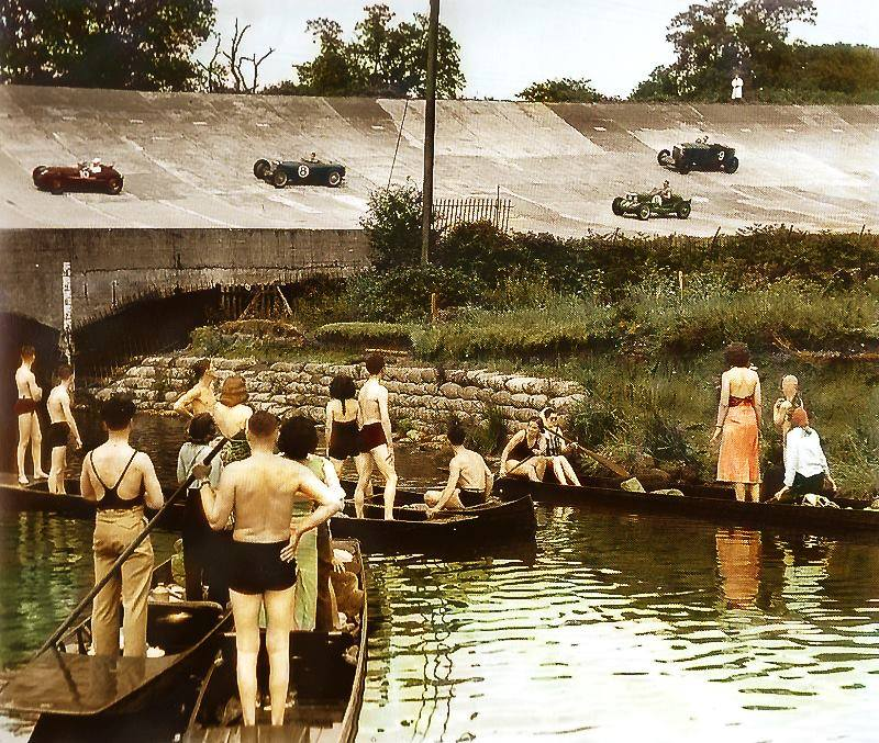 1933 - Brooklands. ( byFrancois Rossi)