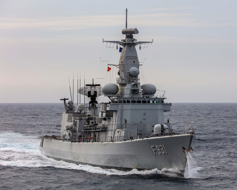 La frégate Louise-Marie part pour l'opération Sea Guardian - Page 4 40001697524_31fccfa89e_o