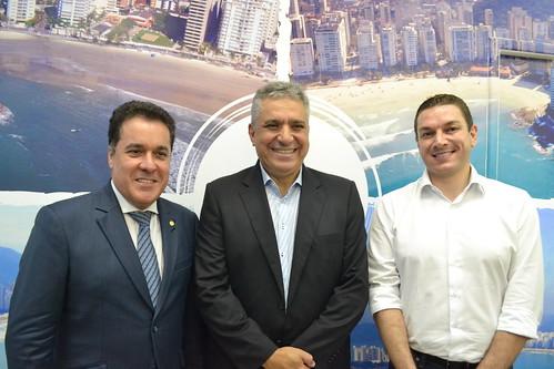 Guarujá é contemplada com centro de formação em futebol, judô, caratê e surfe