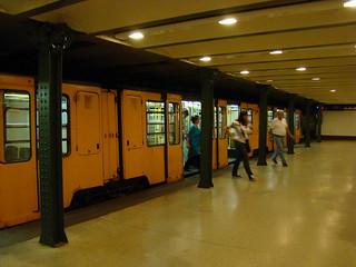 Старинная линия метро