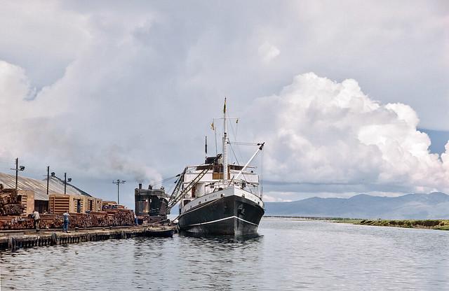 Steamship Ollanta  being unloaded at Guaqui in Bolivia, October 1985