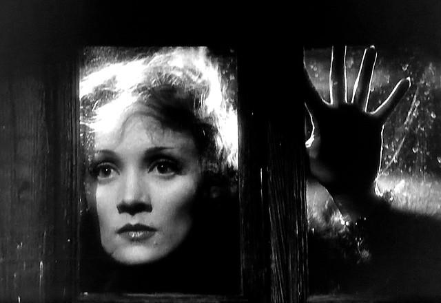 """Marlene Dietrich in """"Shanghai Express"""" (1932)."""