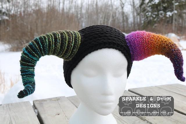 HAT EARWARMER Krampus horns custom d