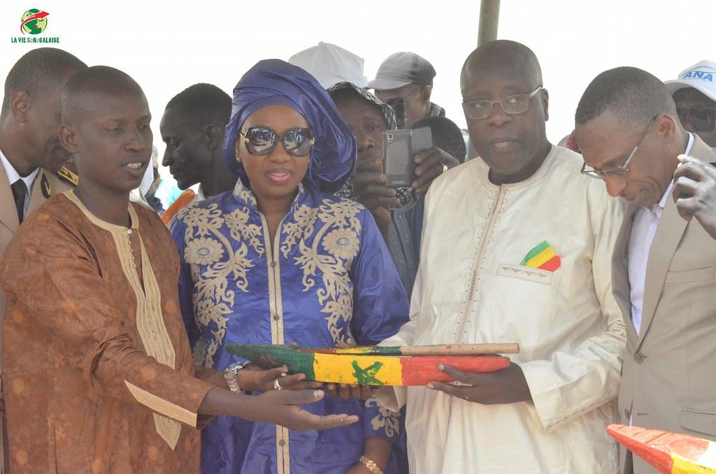 Inauguration d'infrastructures  de base à Mbakhna Par la Fondation SONATEL (88)
