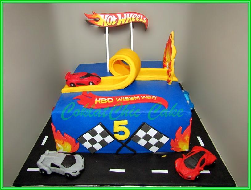 Cake HotWheels WISAM 20 cm