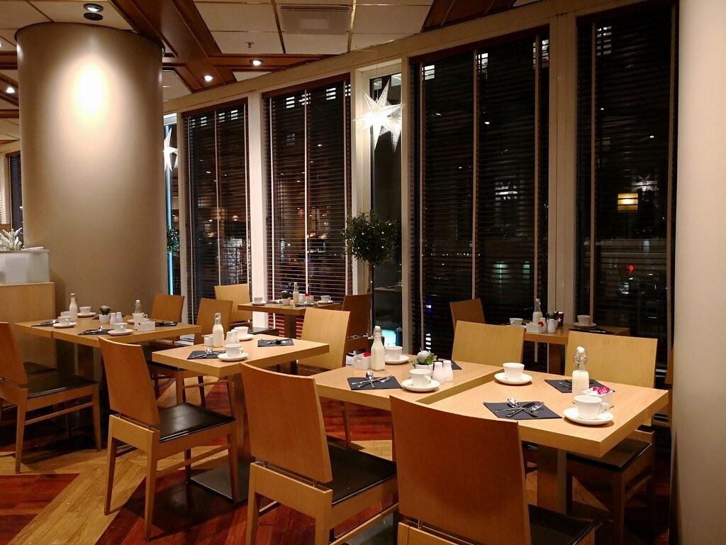 Restaurant in the hotel