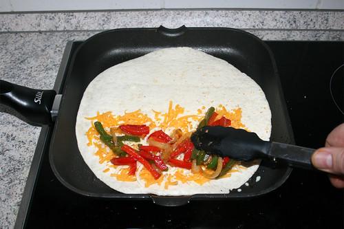 75 - Paprika & Zwiebel hinzufügen & Add bell pepper & onion