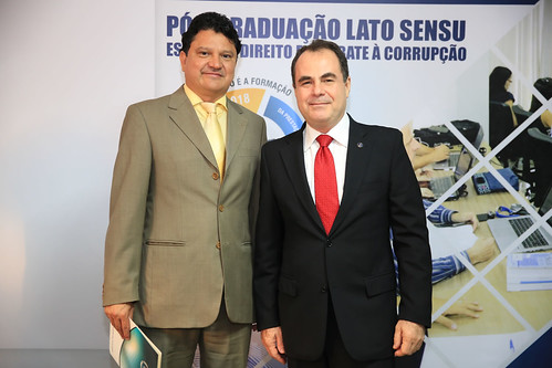 ENTREGA_CERTIFICADOS - PÓS COMBATA A CORRUPÇÃO (51)