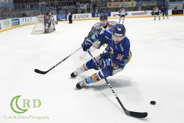 Halla vs Blades Play offs 3-11-18_0585