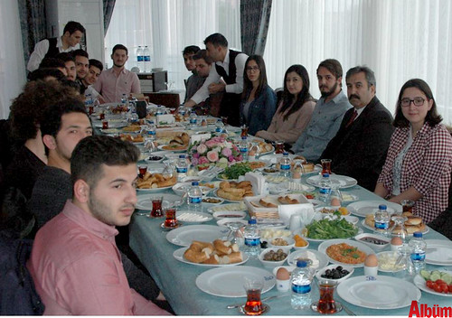 Alanyalı öğrenciler bu kahvaltıda buluştu-2